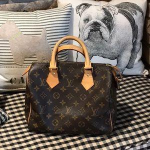 Louie Vuitton SPEEDY 25